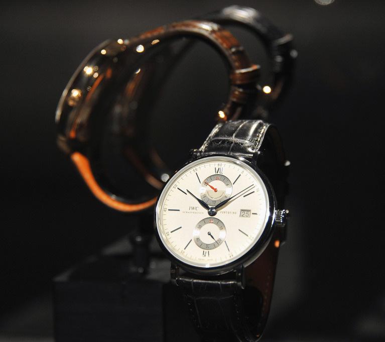 Новые часы Portofino Dual Time