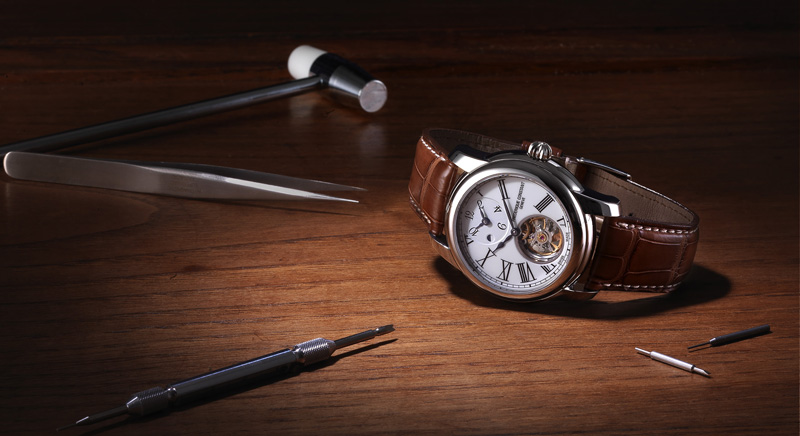 часы Heart Beat Manufacture GMT Automatic
