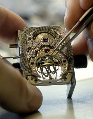 процесс сборки часов Franck Muller