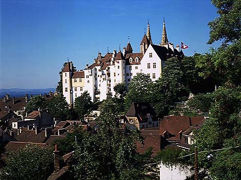 Невшатель: «новый замок» часовой индустрии Швейцарии
