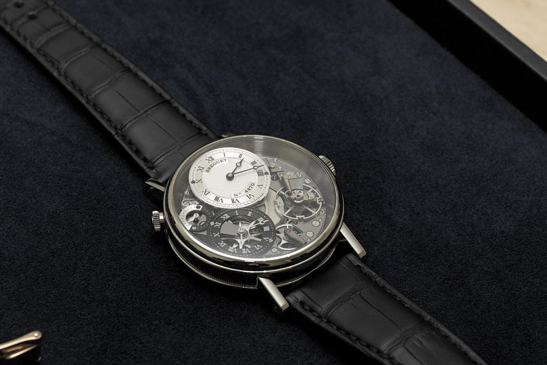 часы Tradition Breguet 7067 GMT