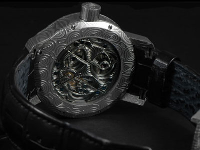задняя сторона Cornelius & Cie Tourbillon Dragon