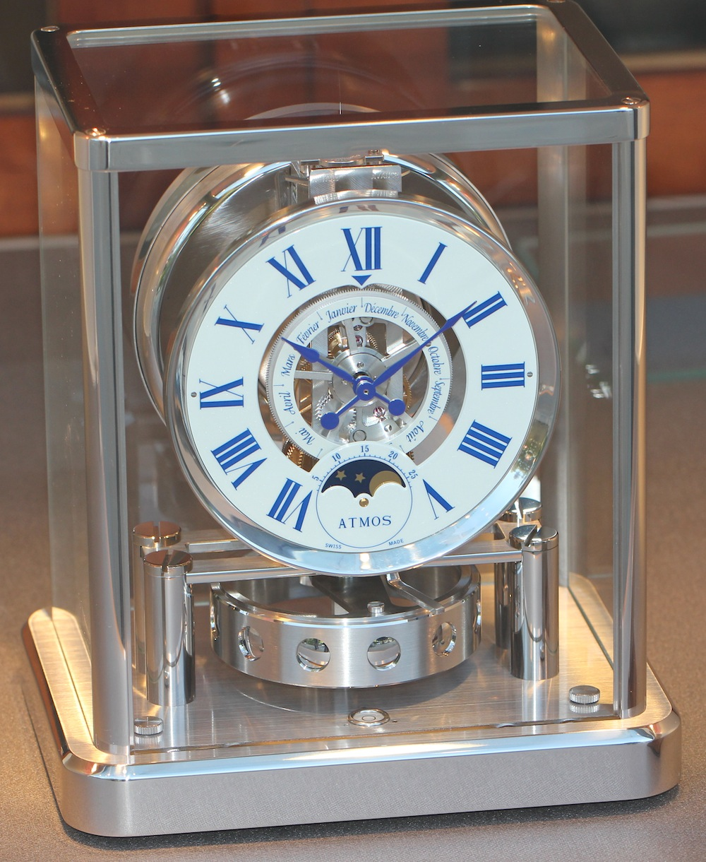 dating an atmos clock Atmos clock: wikis: to date, over 500,000 atmos clocks have been produced [2] references lecoultre atmos clock history sacks, adam michael how the atmos works.