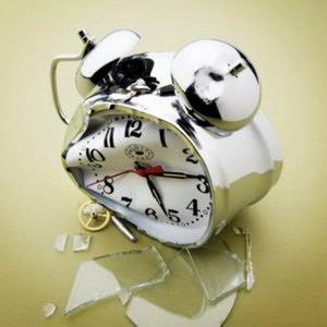 «Сломанные часы мертвое время показывают»