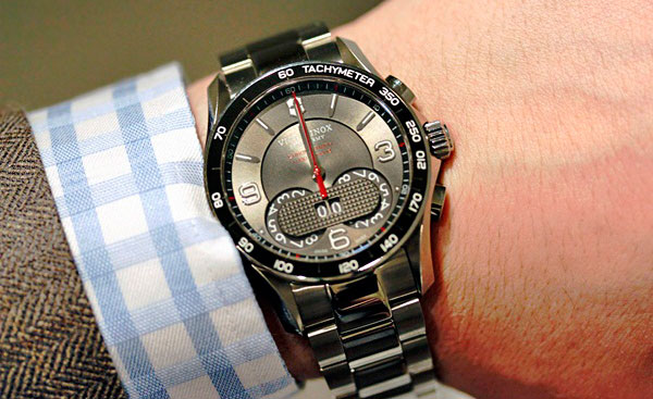 ��������� Chrono Classic 1/100th �� Victorinox Swiss Army