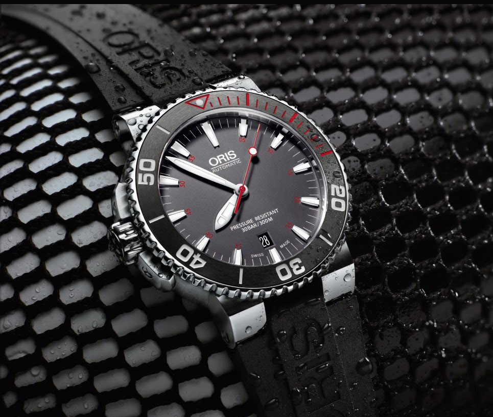 Часы Aquis Red Limited Edition от  Oris