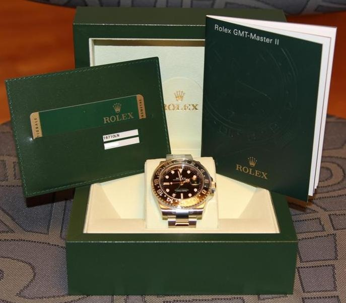 часы Rolex GMT-Master II 116710LN