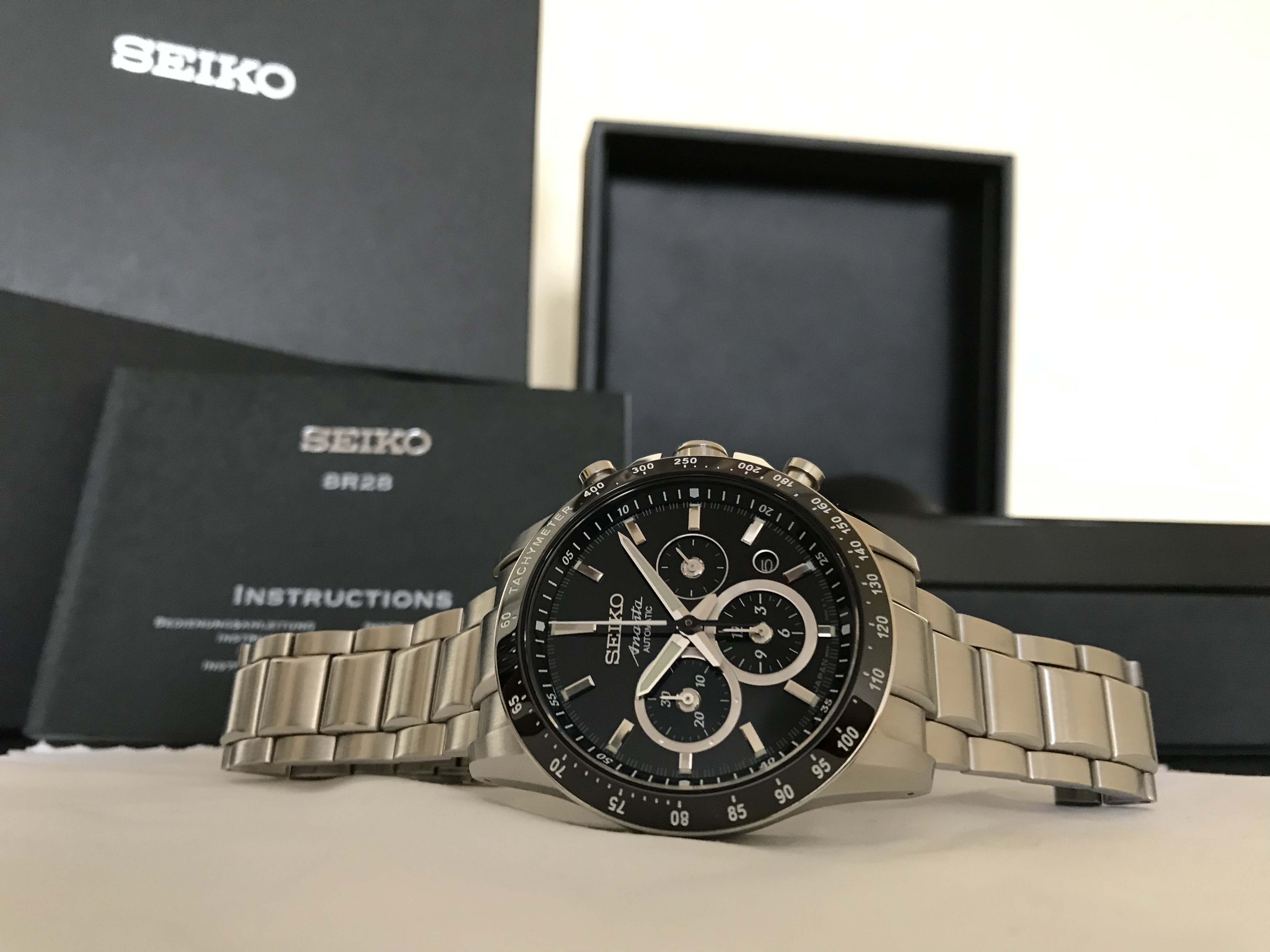 часы Seiko SRQ011J1