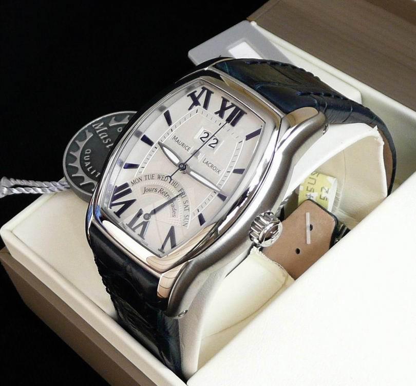 часы Maurice Lacroix Jours Retrograde Tonneau