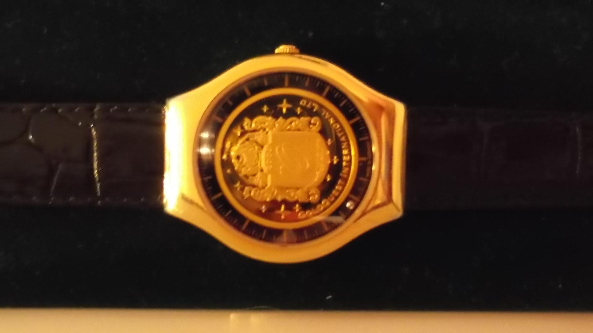 часы Bernhard H. Mayer Bernhard H. Mayer
