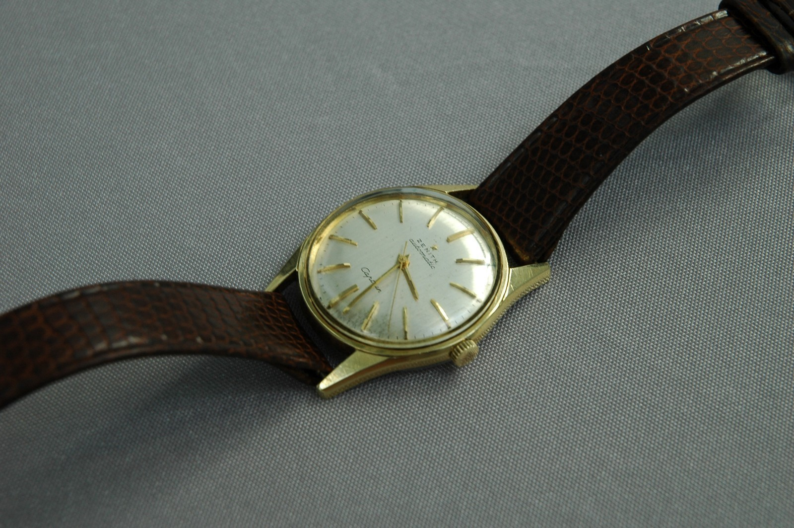 часы Zenith captain