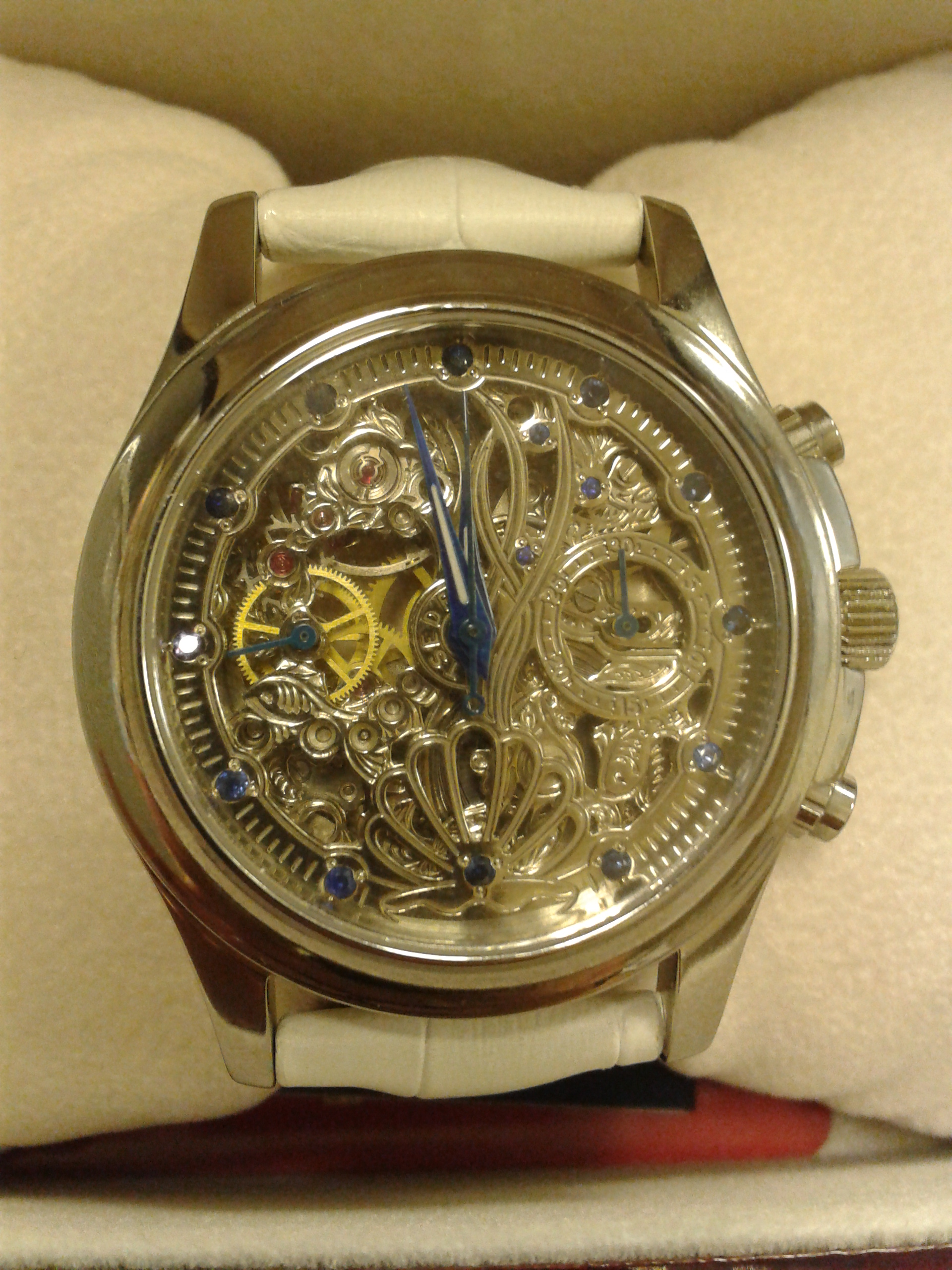 часы TSEDRO Stella