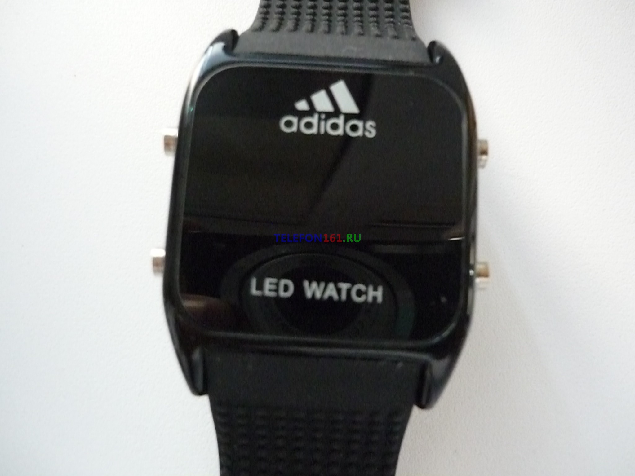 часы Adidas LED Часы светодиодные с подсветкой (черные+точечный браслет)
