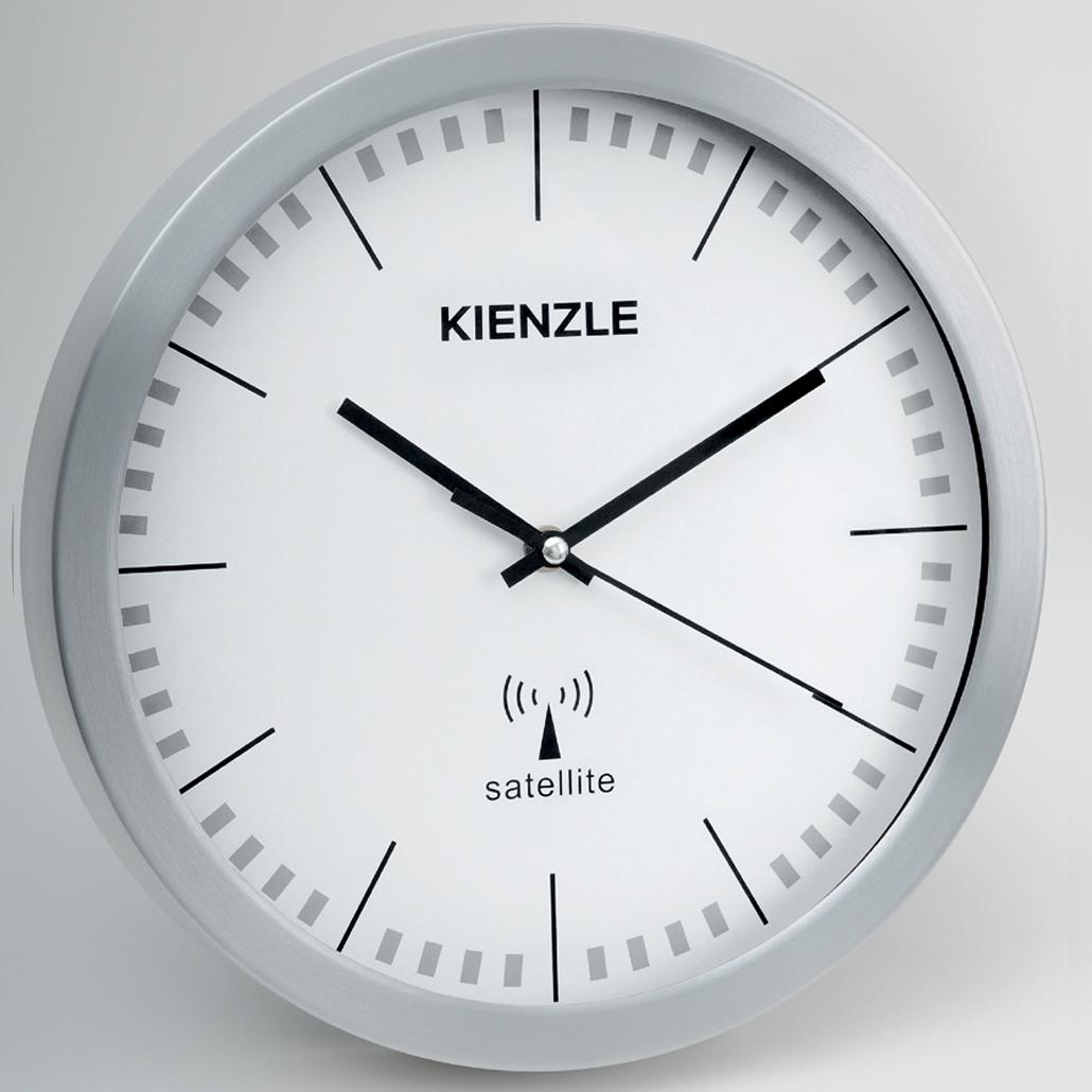 ���� Kienzle RC Wall Clock Aluminium