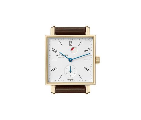 часы Nomos Tetra Gold Gangreserve