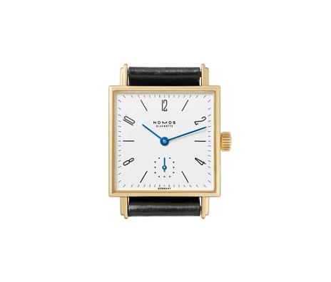 часы Nomos Tetra 27 Gold