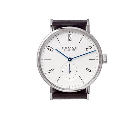 часы Nomos Tangomat