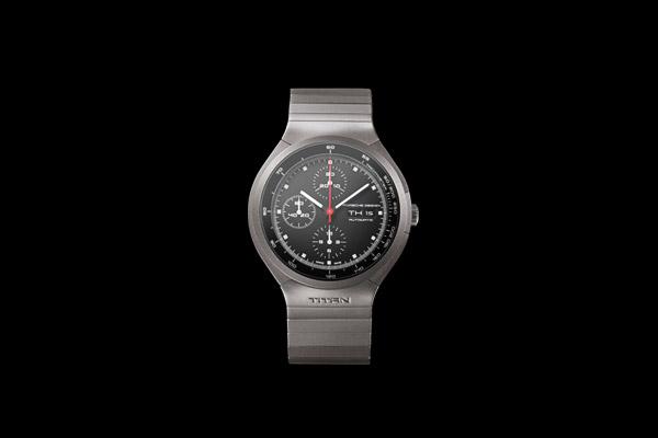 часы Porsche Design Titan Chronograph