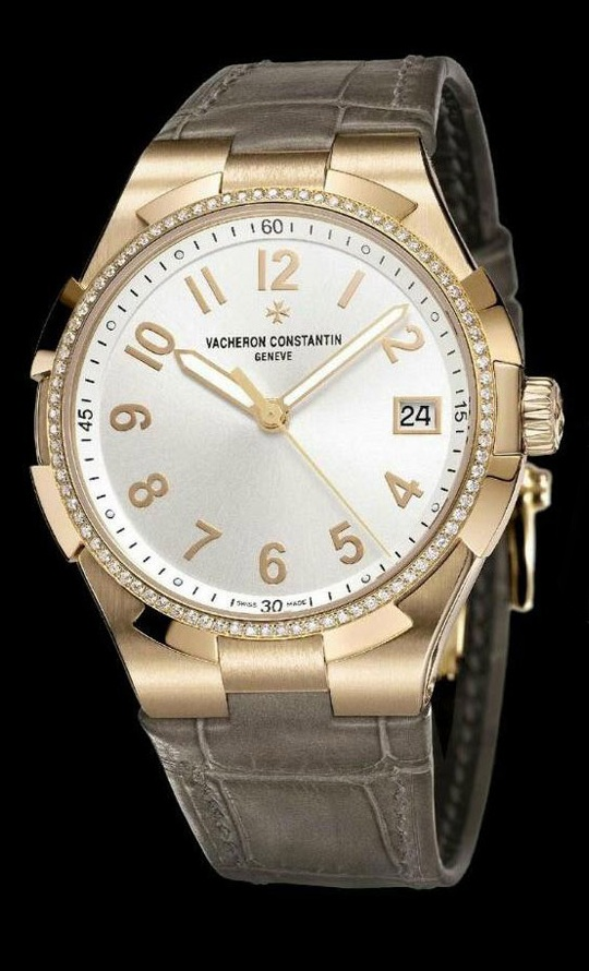 часы Vacheron Constantin Overseas Small Model Date Self-winding