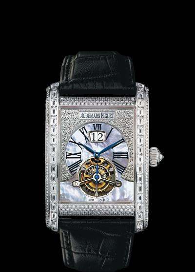 часы Audemars Piguet TOURBILLON LARGE DATE