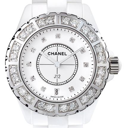 часы Chanel Céramique blanche lunette acier sertie et cadran 11 index diamants