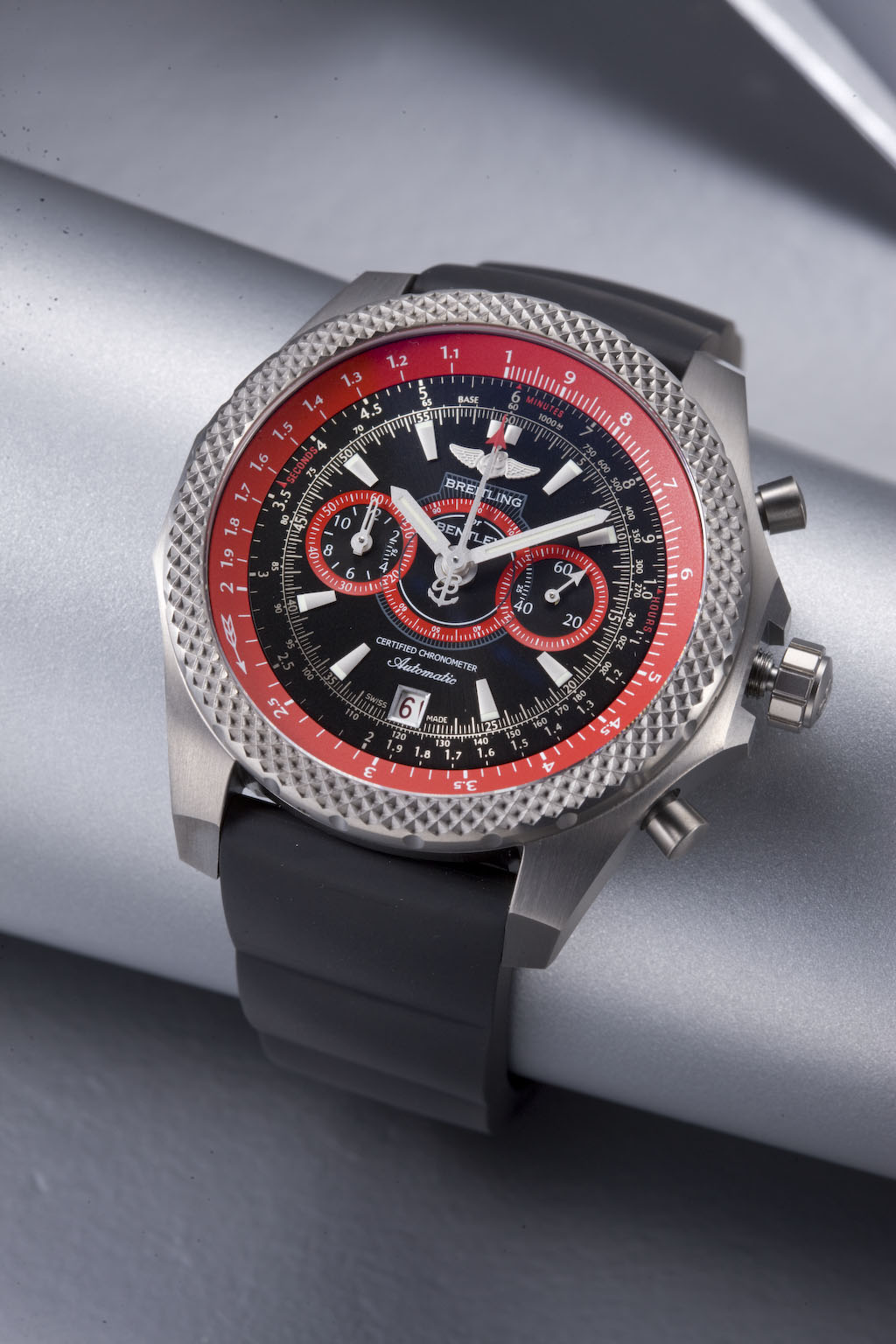 часы Breitling Bentley Supersports Light Body Limited Edition